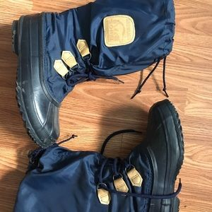 RetroSorel women's boots, size 9, made in Canada